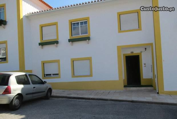 Apart t2 1ºc/97 m2 prox.p.galega e acesso a8lisboa