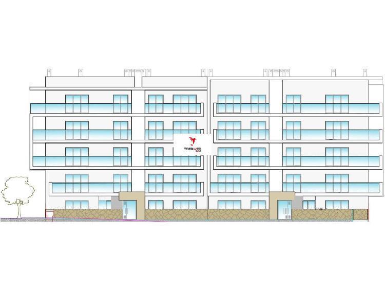 Apartamento t2, em construção em portimão algarve