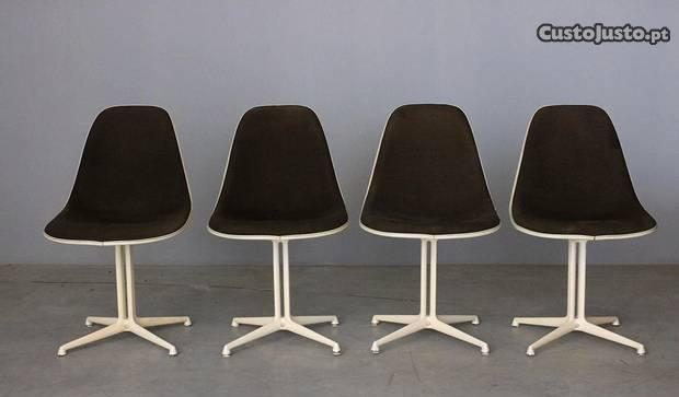 Conjunto de 4 cadeiras charles and ray eames model
