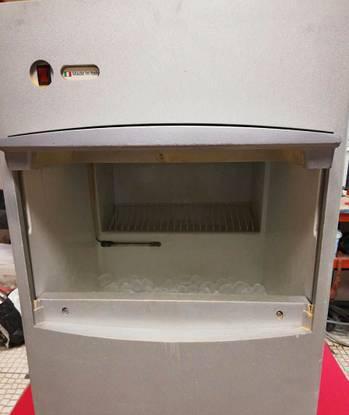 Maquina de gelo industrial