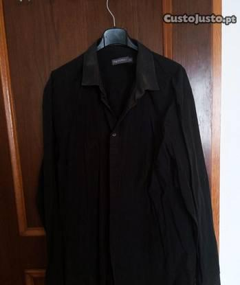 Camisa preta tamanho xl (43-44)