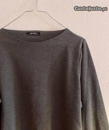 Camisola cinzenta (zara)