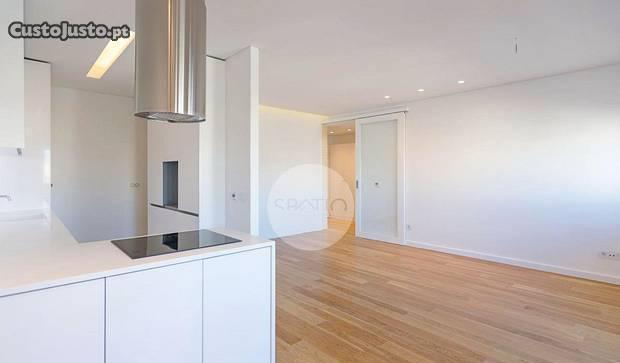 Apartamento t3 renovado * rotunda da boavista
