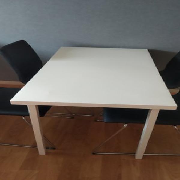 Mesa DOCKSTA TOBIAS e cadeira 4