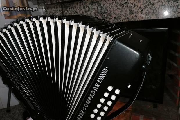Concertina hohner compadre