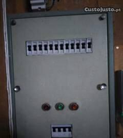 Executo serviços de electricidade piquete avarias