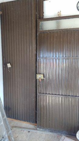 Portão de garagem manual