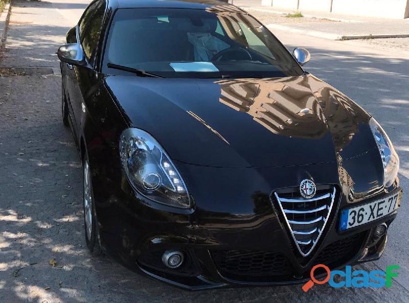 Alfa Romeo Giulietta 1.6 JTDM  5000€
