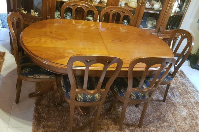 Movél, cadeiras, mesa e sofá