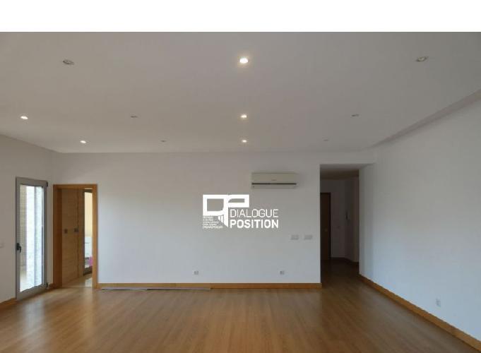 Apartamento t4 de luxo - faro - semi-novo
