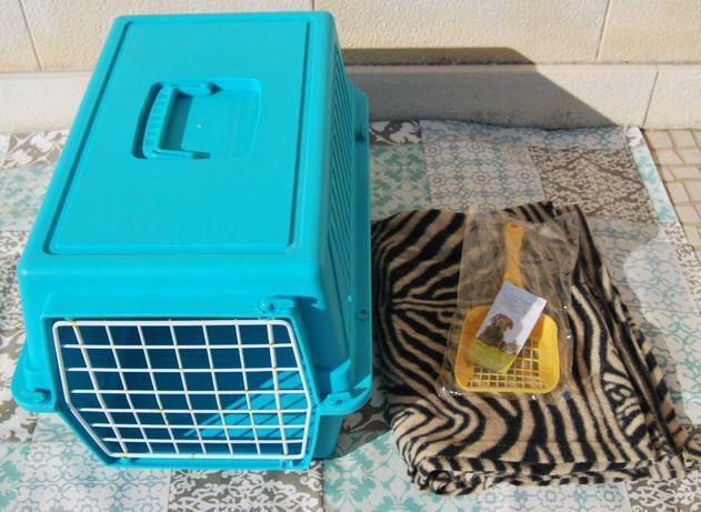 Caixa transportadora de gatos + manta