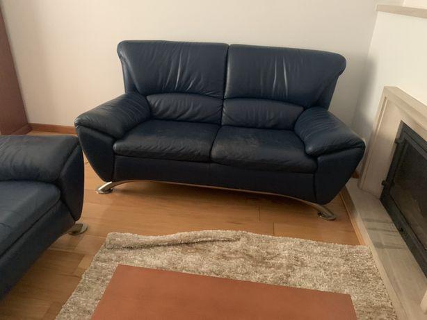 Venda sofá em pele azul
