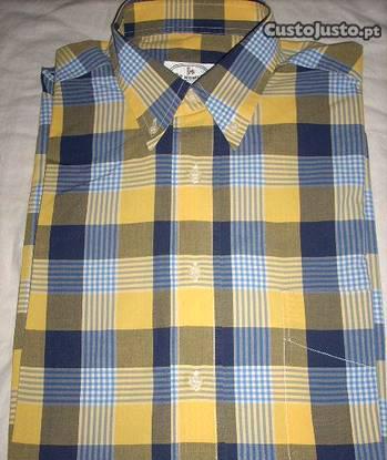 Camisa do homem tamanho 40