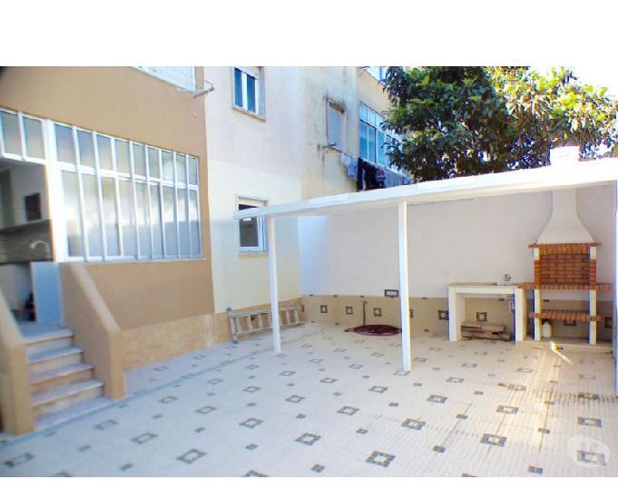 T2 no r c com terraço 46m2, remodelado, camarate