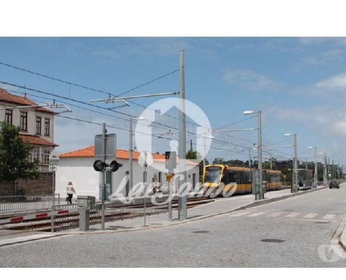 Vila-do-conde-t2 c garagem fechada em fajozes (240-a-21166)