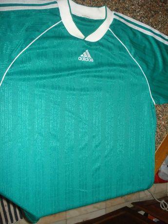 Camisola desporto adidas (número 10 nas costas)