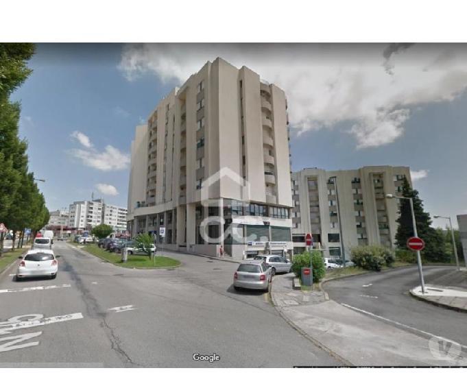 Apartamento t2, castelões de cepeda, paredes