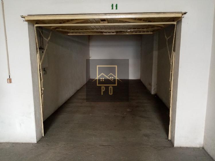 Garagem Quinta do Anjo,(Possibilidsade De Arrendar Com