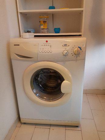Máquina de lavar roupa hoover