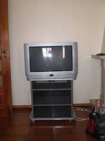 Móvel televisão, boxe, video e outros.