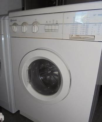 Maquina lavar e secar - bauknecht /com garantia
