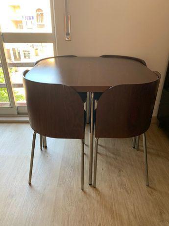 Mesa e 4 cadeiras ikea