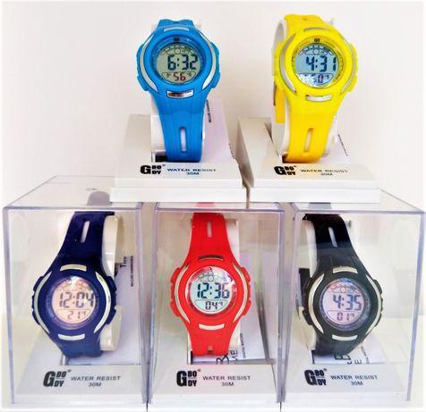 Relógio digitalnovovárias corespromoção