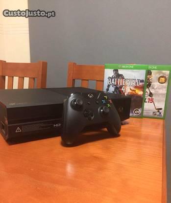 Xbox one 500gb 1 comando + 2 jogos