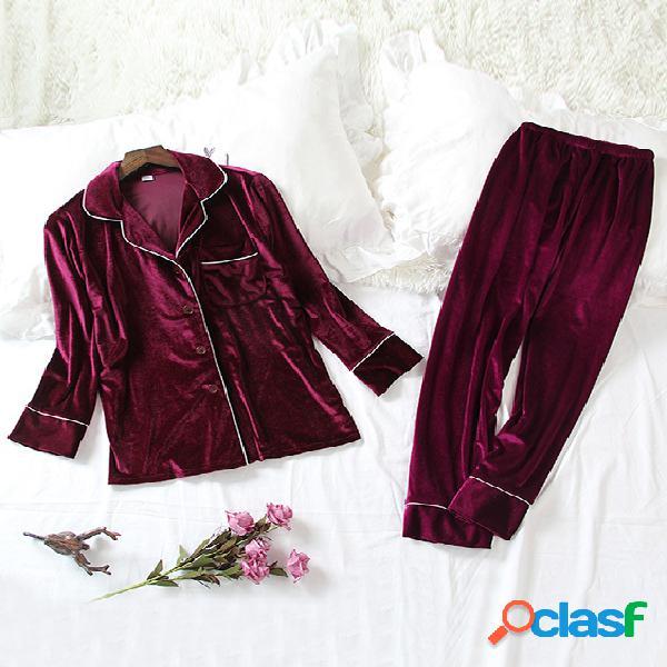 Conjunto de pijama de veludo botão borgonha up