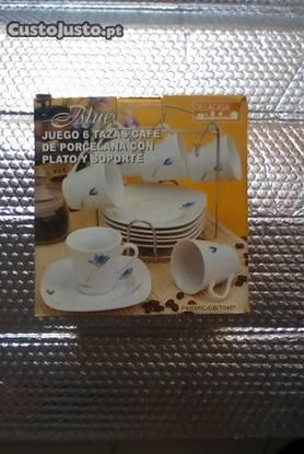 Jogo de 6 chávenas em porcelana c/ pires (novo)