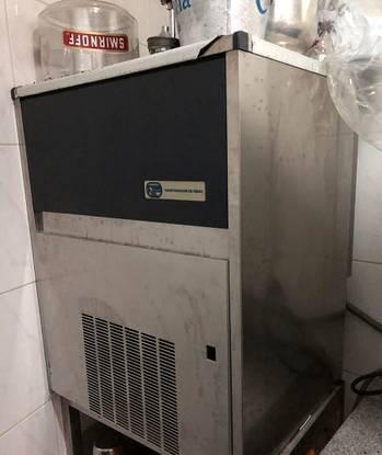 Máquina gelo industrial