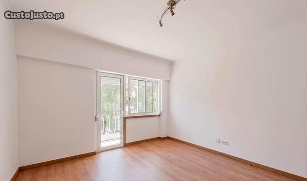 Benfica - apartamento t3 remodelado raiz