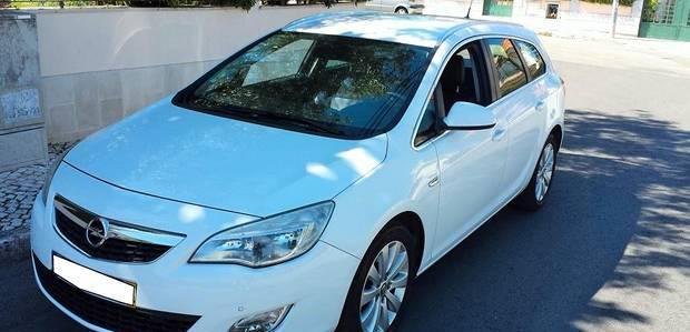 Opel astra sports tourer - 11