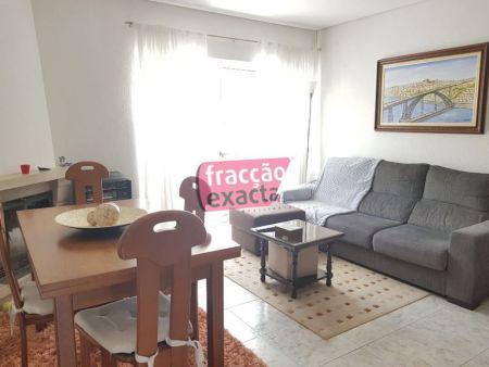 Apartamento t2 para venda em ramalde - ref. 20.6/046