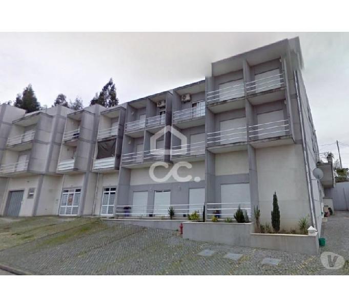 Apartamento t2, frazão, paços de ferreira (365 a 01698)