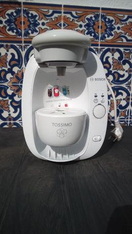 Máquina de café tassimo, como nova.