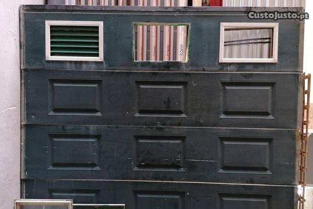 Portão garagem usado