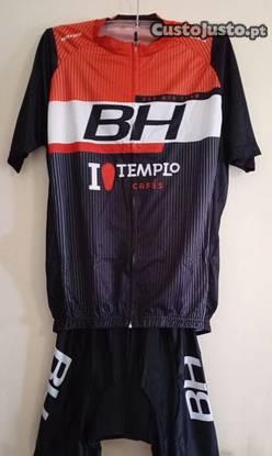 Equipamento de ciclismo btt (novo)