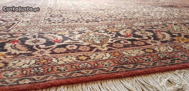 Tapete persa (iraniano) bidjar grande (3m x 2.5m)