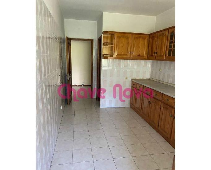 Vila-nova-de-gaia-apartamento t3 em oliveira do douro (od