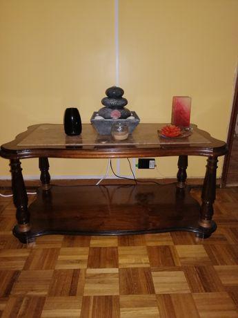 Mesa de centro de sala com tampo em pedra mármore
