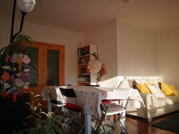 Mesa extensível ikea c ou s cadeiras