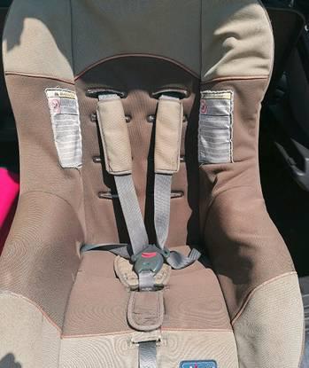 Cadeira da chicco para carro dos 0 aos 18 kilos im