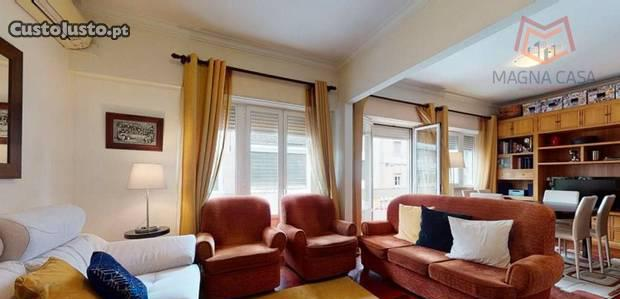 Apartamento t4, 2 wc, 140m2.