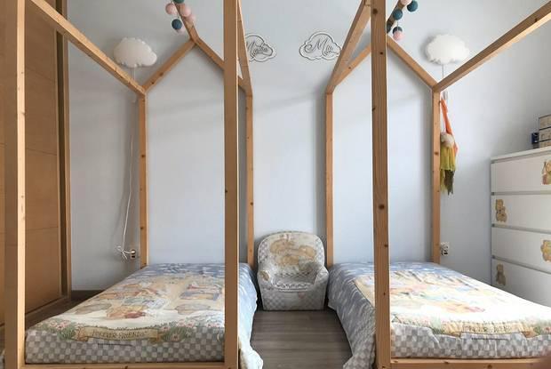 2 camas casinha