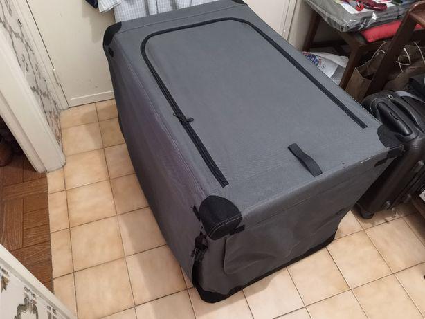 Caixa transportadora para cão