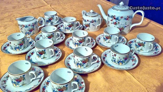 Serviços jantar café chá vista alegre rock garden