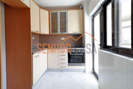 Apartamento t2 em vila nova de gaia (avenida da república