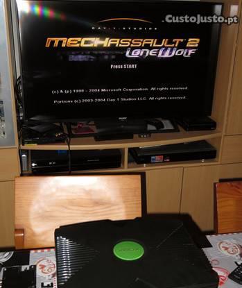 Xbox original de 2001 a funcionar bem