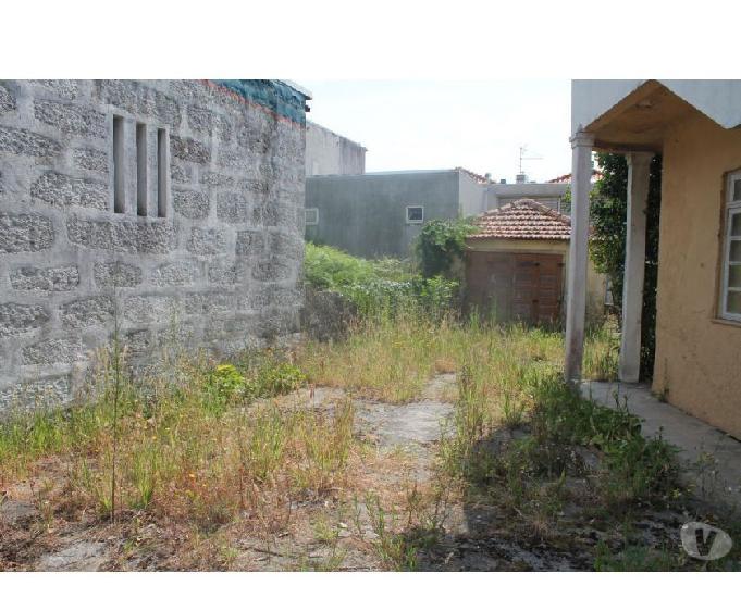 Maia-moradia castelo da maia - garagem exterior (7967)